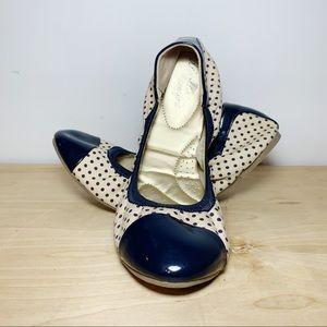 DexFlex Comfort Cream & Blue Polka Dot Ballet Flat